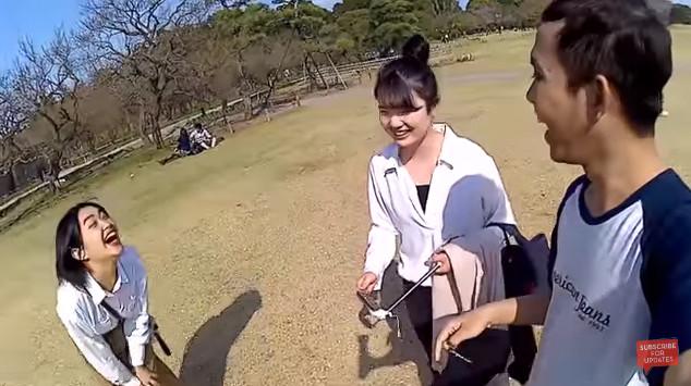 Seru, Kisah Dua Cewek Imut Jepang yang Kena Modus Vlogger Cerdas Indonesia