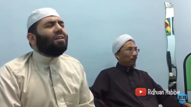 Inilah Nada Asli Adzan Bilal bin Rabbah yang disuarakan oleh Syaikh Hisam at-Thiyarah