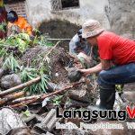 Hujan Deras dan Longsor, Lantai Rumah Warga di Leuwiseeng Sukaherang Singaparna Tasikmalaya Terendam Air