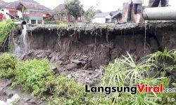 Jalan di Sukaherang Singaparna Tasik Longsor, Warga Khawatir Jalan Ambruk Tiba-tiba